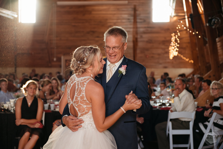 Kendalville wedding photographer Grant Beachy -41.jpg