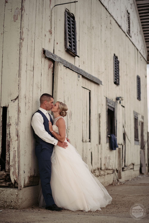 Kendalville wedding photographer Grant Beachy -48.jpg