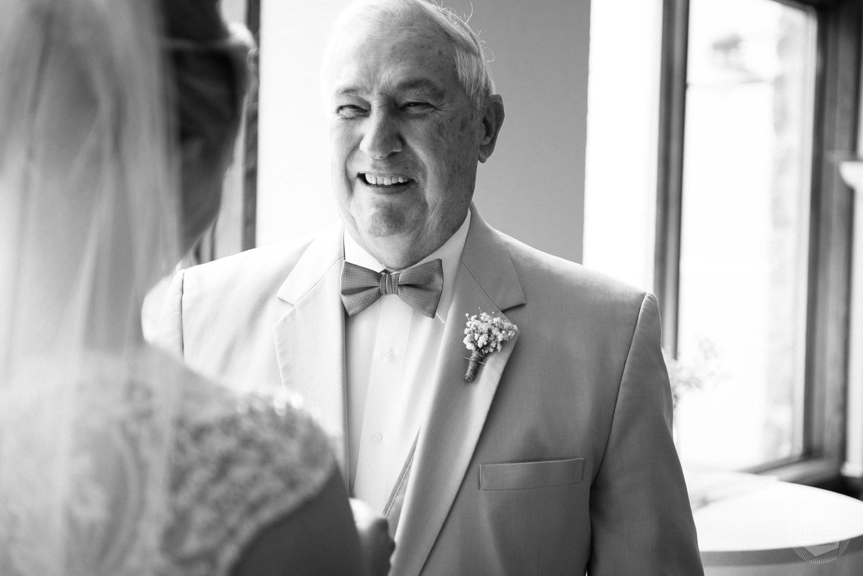 Grant Beachy wedding photography elkhart, south bend, chicago, goshen-14.jpg
