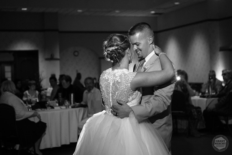 Grant Beachy wedding photography elkhart, south bend, chicago, goshen-54.jpg