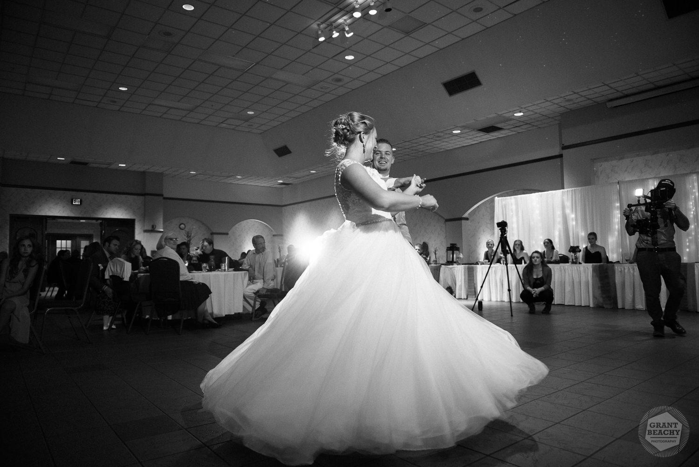 Grant Beachy wedding photography elkhart, south bend, chicago, goshen-55.jpg