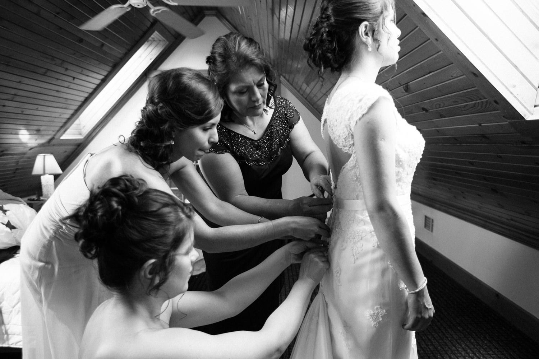 Best of 2016 weddings Grant Beachy-0174.jpg