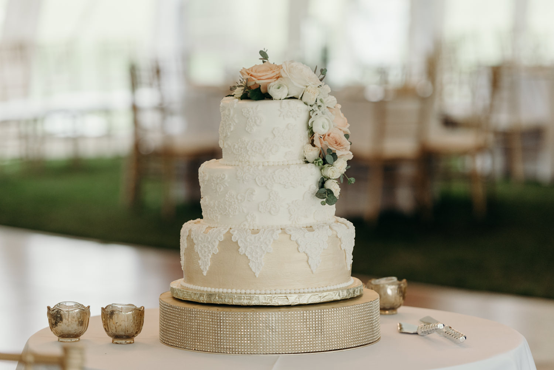 Grant Beachy wedding blog-ali luke--42.jpg
