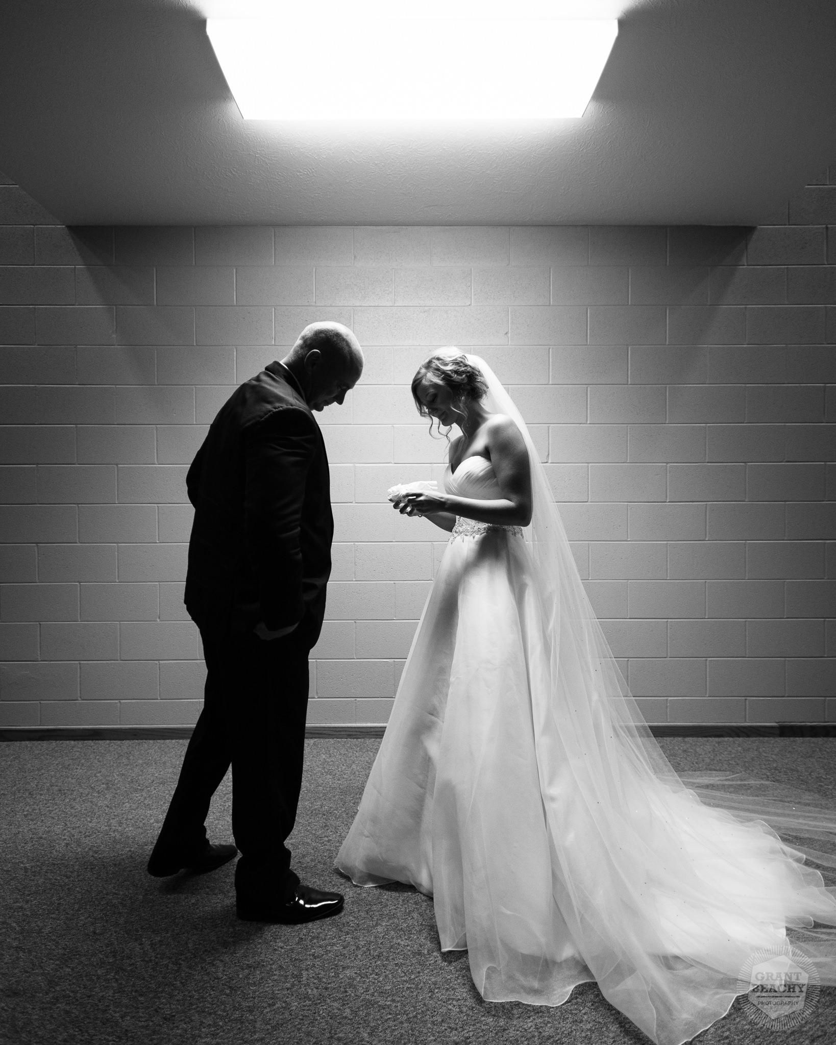 Best of Weddings 2017 Grant Beachy-00038.jpg