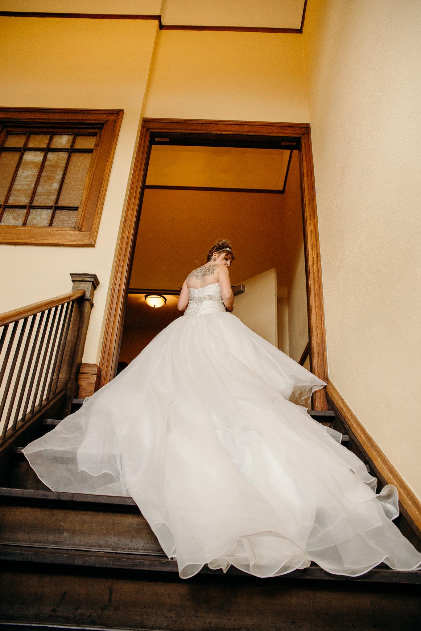 Grant Beachy Photo portrait wedding goshen elkhart south bend chicago-021.jpg