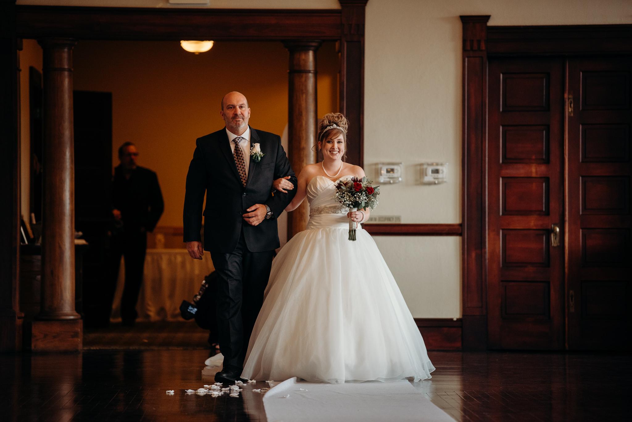 Grant Beachy Photo portrait wedding goshen elkhart south bend chicago-024.jpg