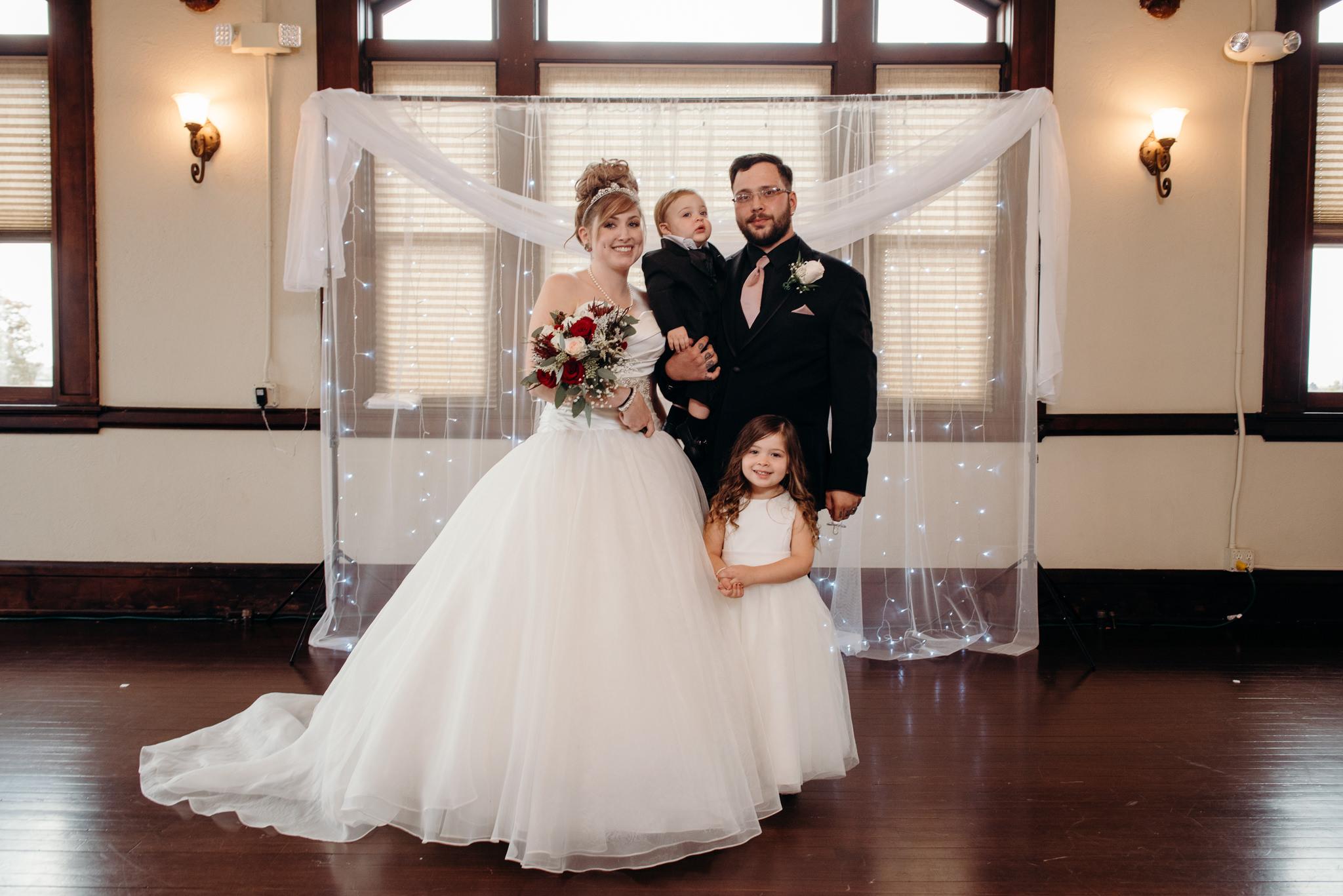 Grant Beachy Photo portrait wedding goshen elkhart south bend chicago-028.jpg