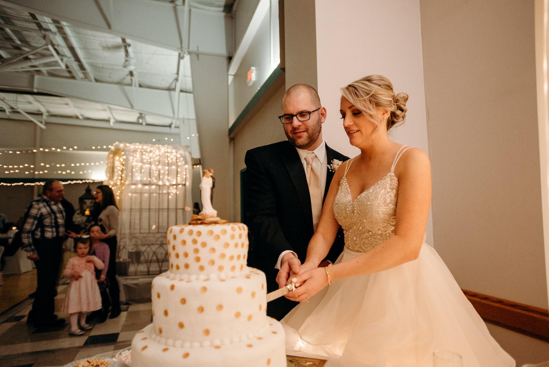 Grant Beachy wedding portrait commercial photographer goshen elkhart south bend warsaw-3139.jpg