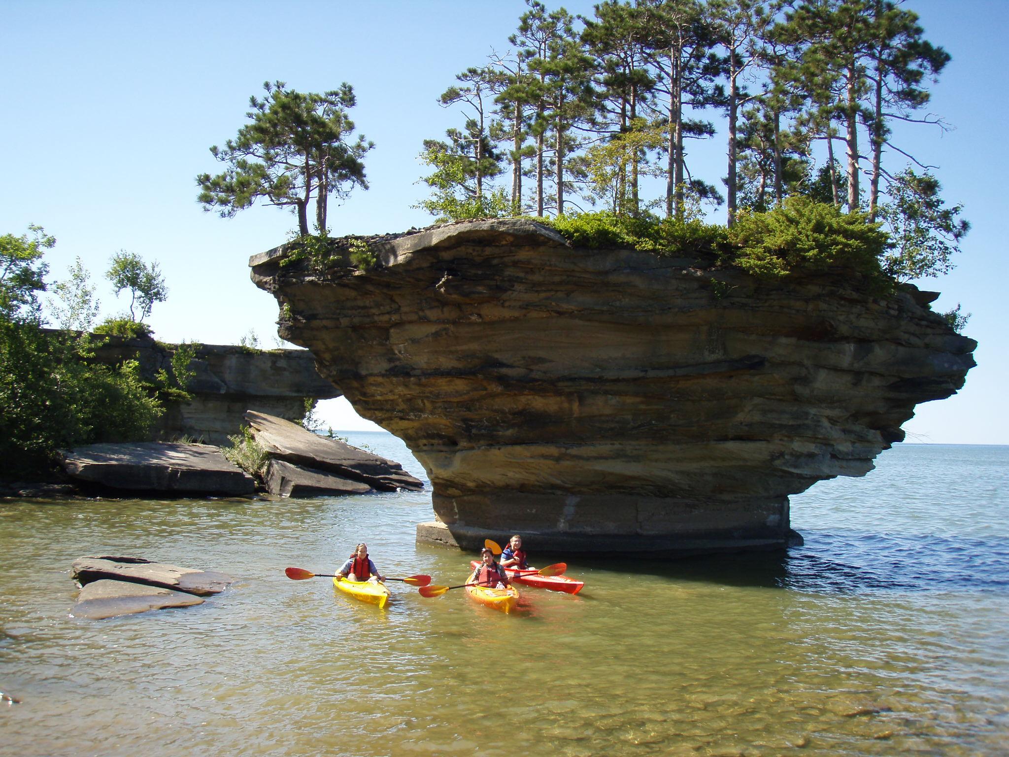 Kayaking to Turnip Rock
