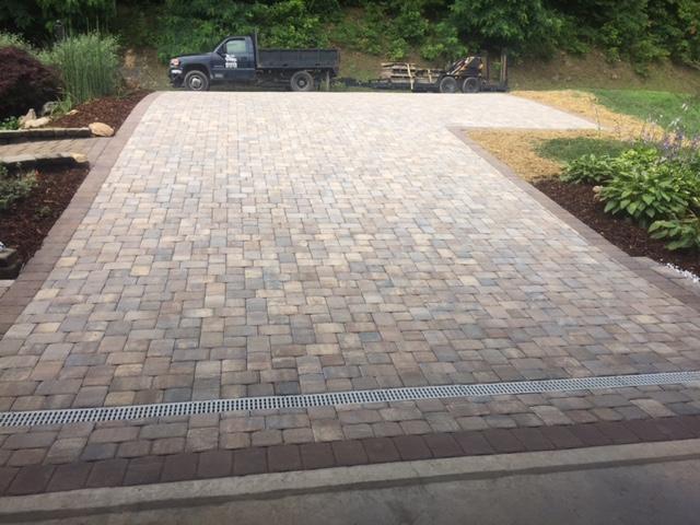 hardscapes paver driveway