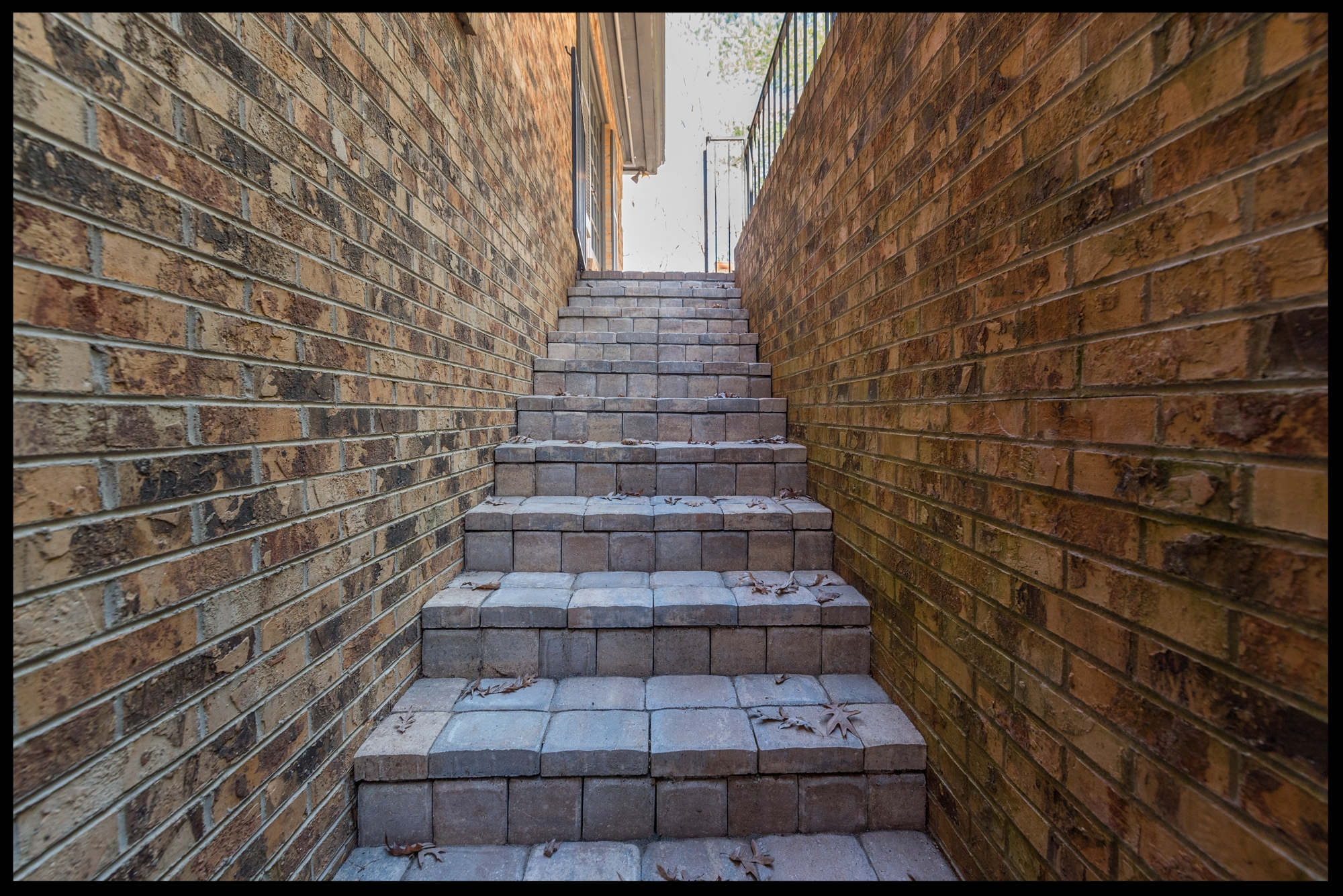 HARDSCAPING - The Yardfathers specialize in intricate, beautiful, handcrafted hardscaping designs that will transform your living spaces into showpieces.