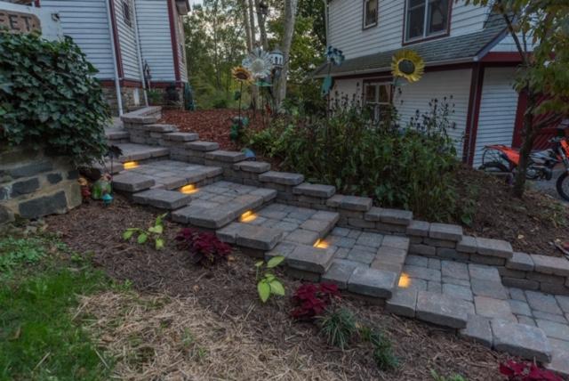 hardscape paver walkway