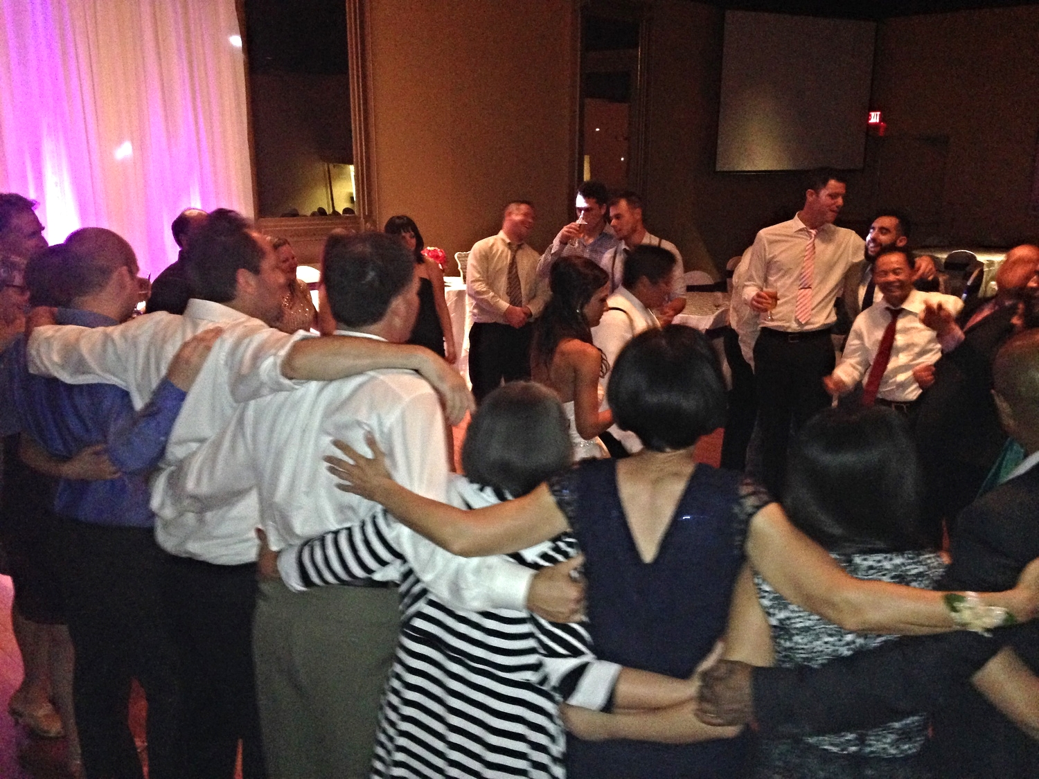 Giant ring of dancers on the floor - this is the kind of family and friends fun we can provide.