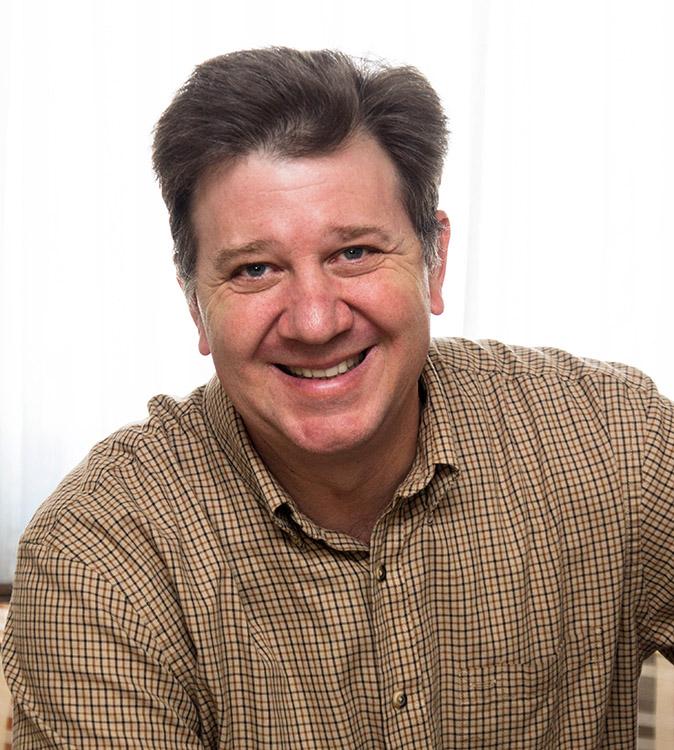 Brien portrait shot Biz Card.jpg
