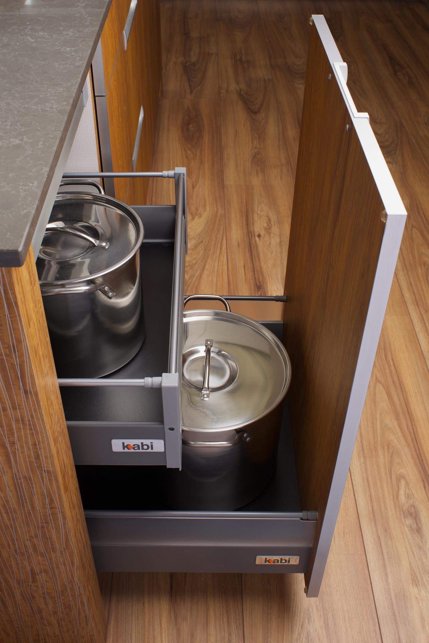 showrrom deep drawer big pots.jpg