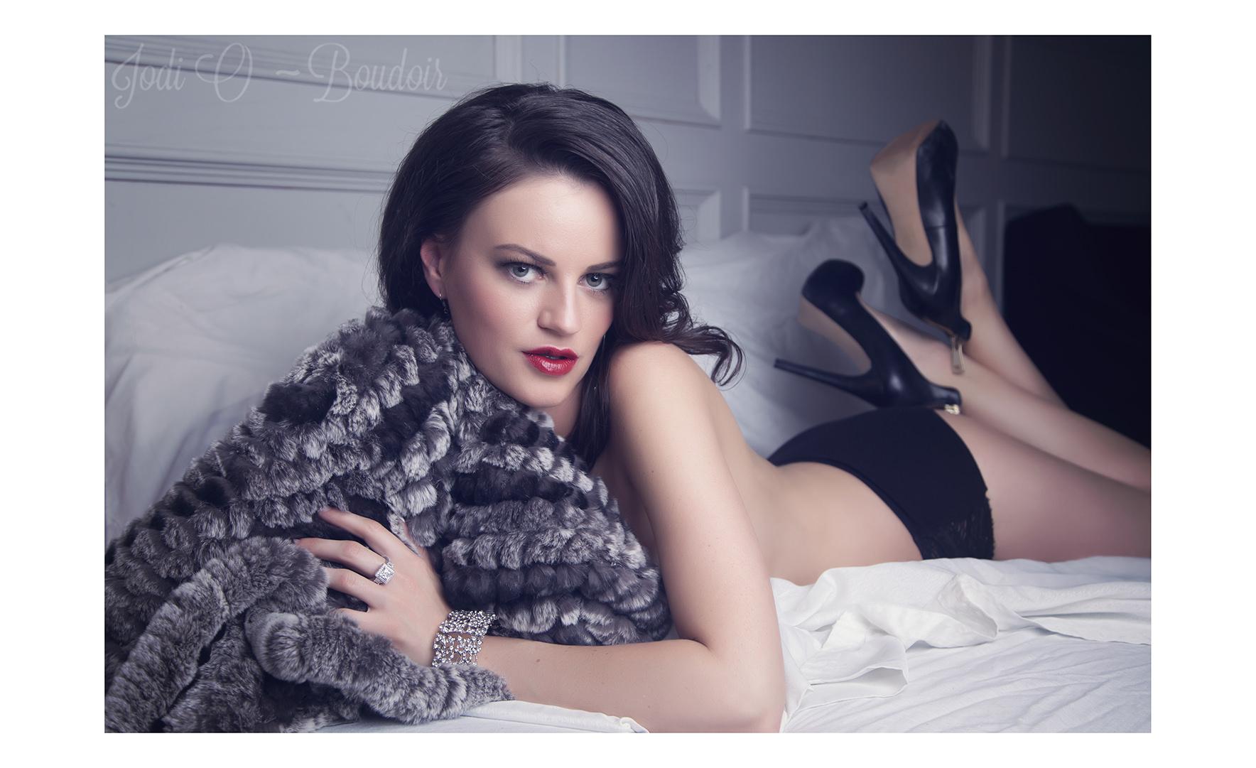 Affordable Calgary Boudoir Photographer (1).jpg