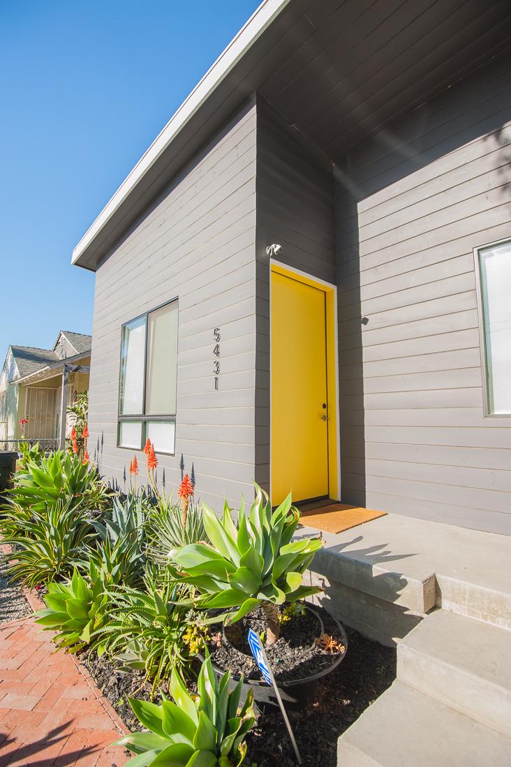 Homeside lease -2.jpg