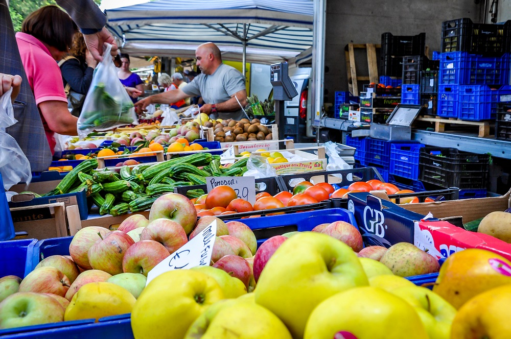 Siena-Italy-market-day-fruit-and-vegetables.jpg