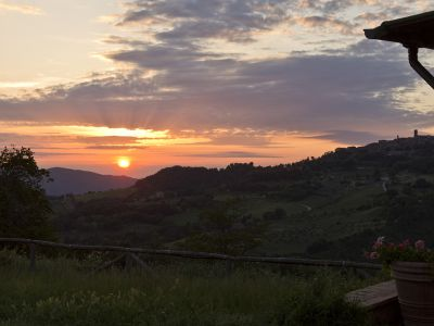 Podere Paugnano sunset_img_0352_copy_sm.jpg