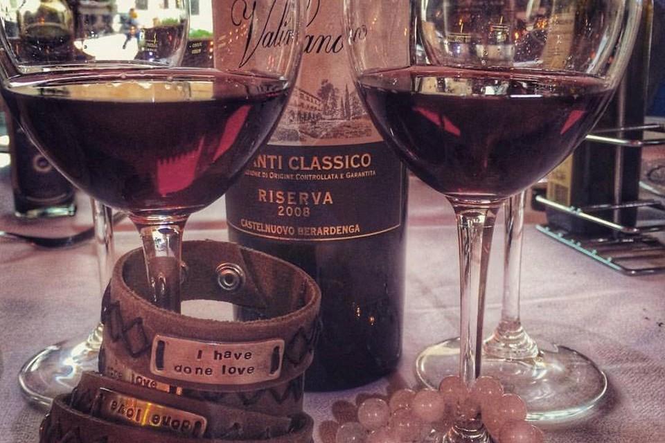 wine glasses1_960x640.jpg