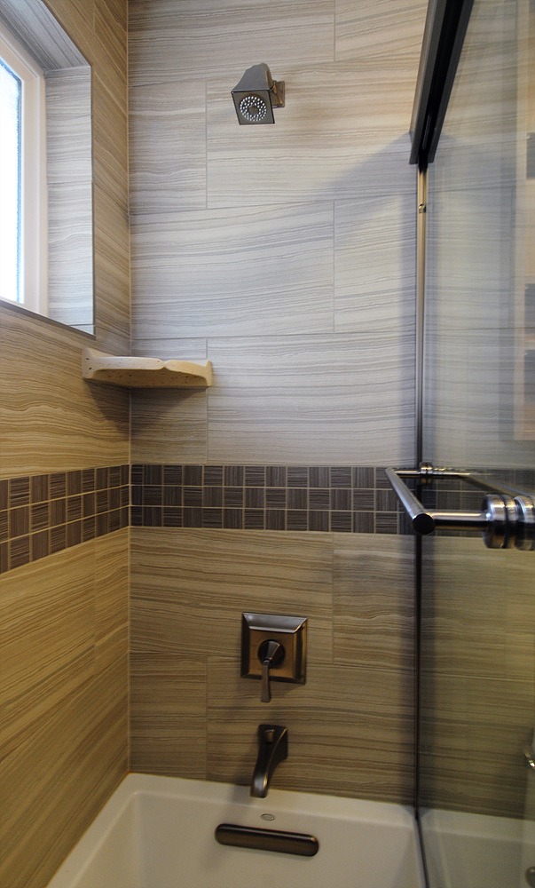 13062 Chang - Bath 2_2.jpg