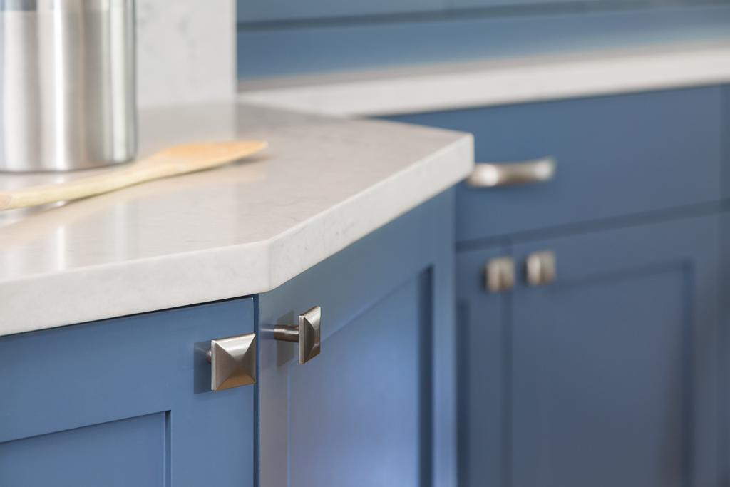 16042 Kitchen Detail4 Counter.jpg