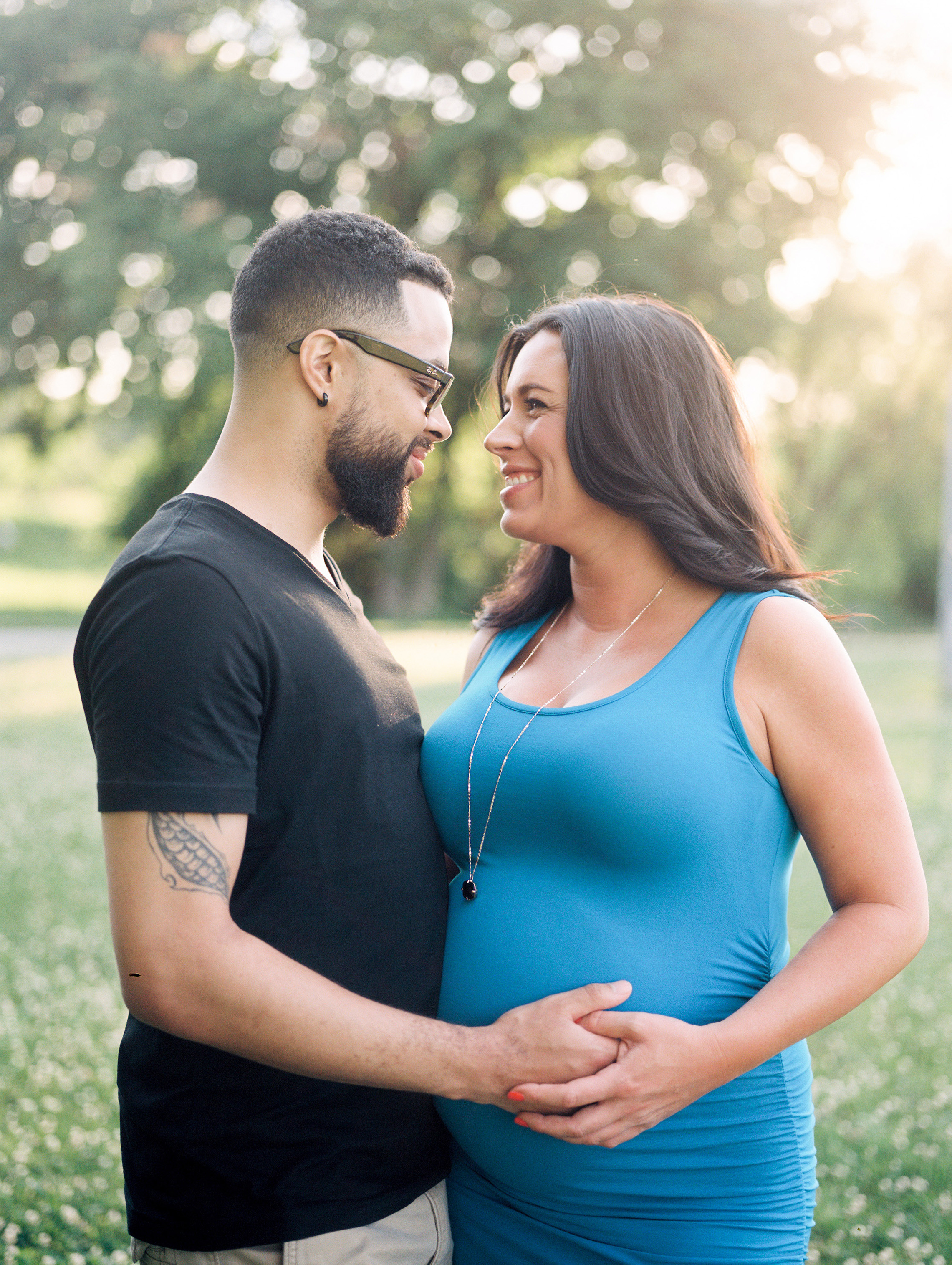 Amanda & Tyler Family - Outdoor Maternity Portraits