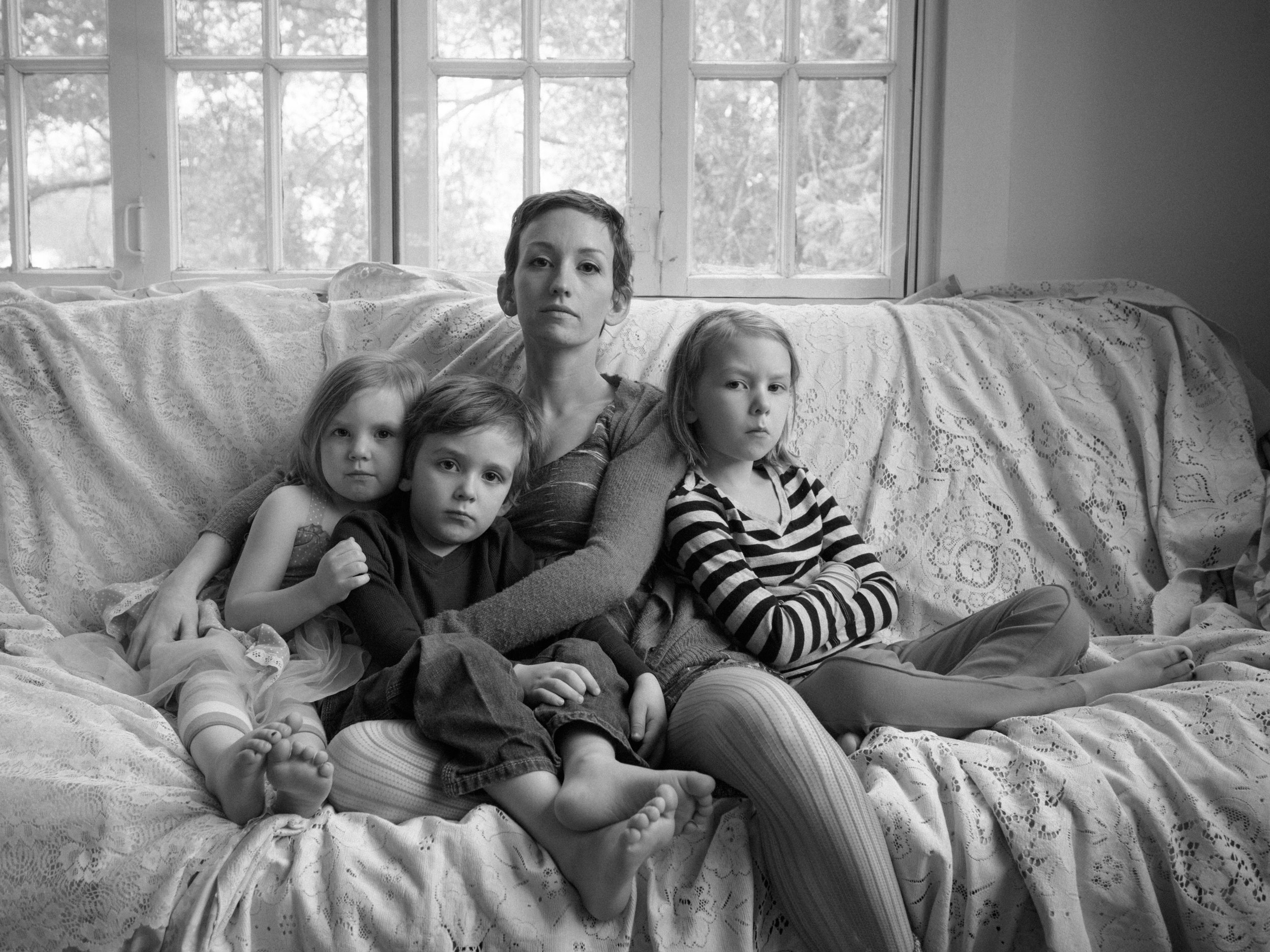 Leah & Children - Artistic Indoor Portraits