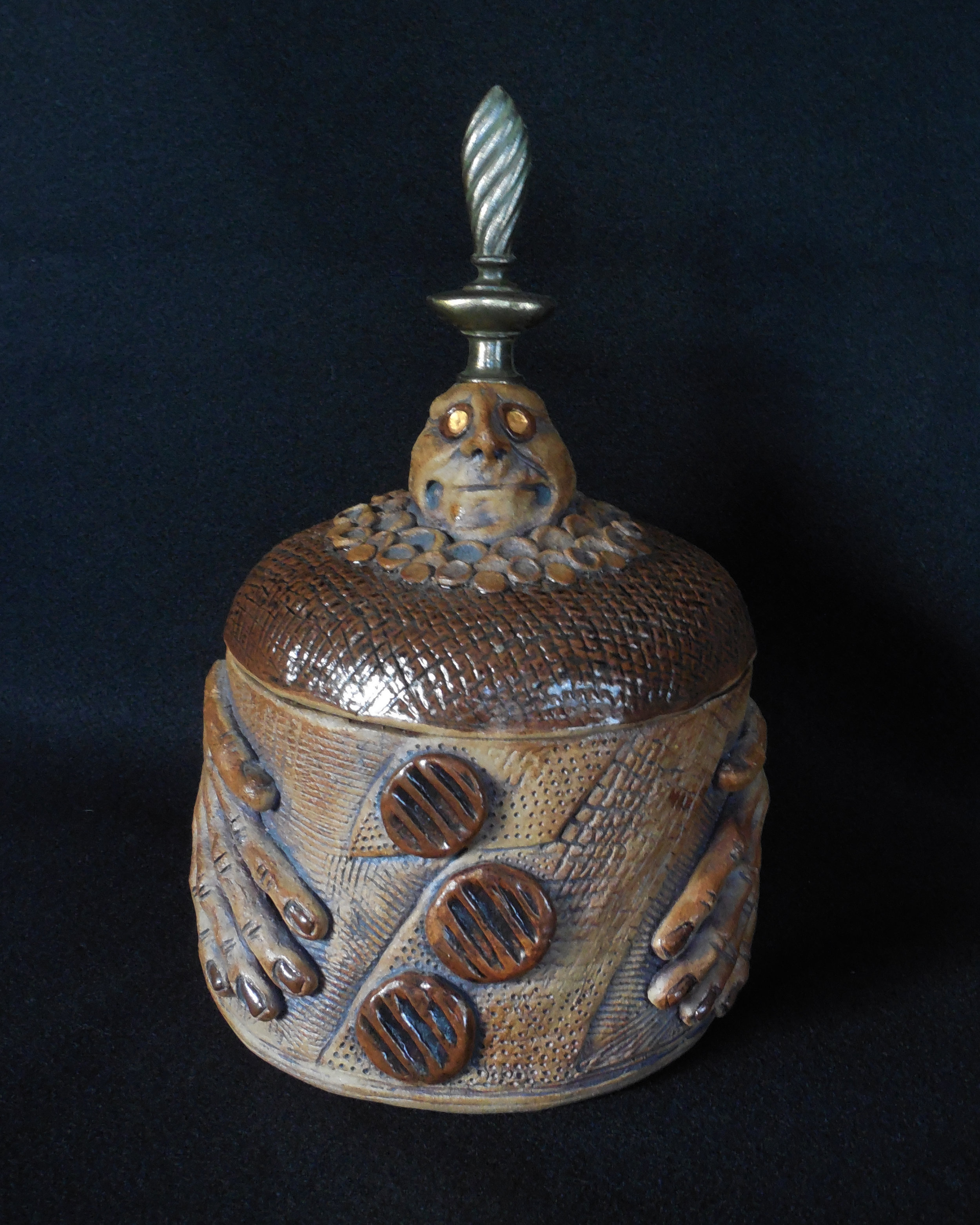 VESSEL WITH FINIAL 12 7 18.jpg