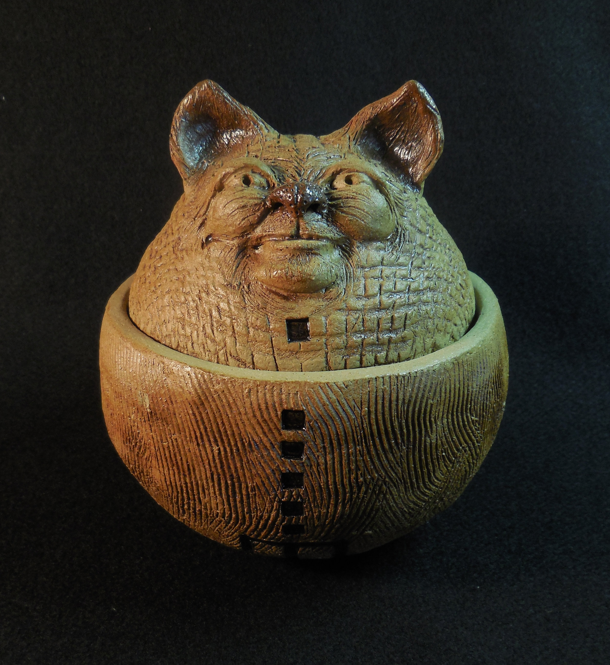 CAT POT FRONT - Copy - Copy.jpg