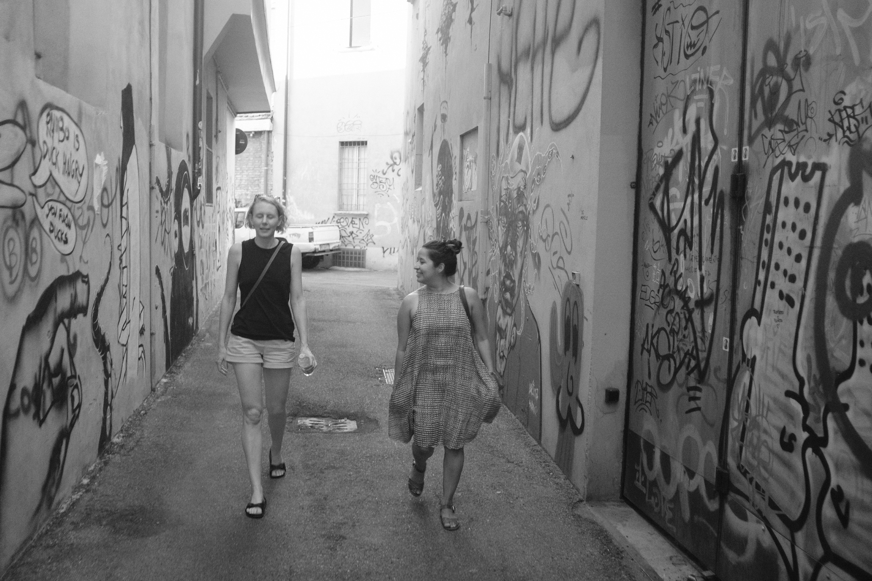 Bologna_MandS_Alley.JPG