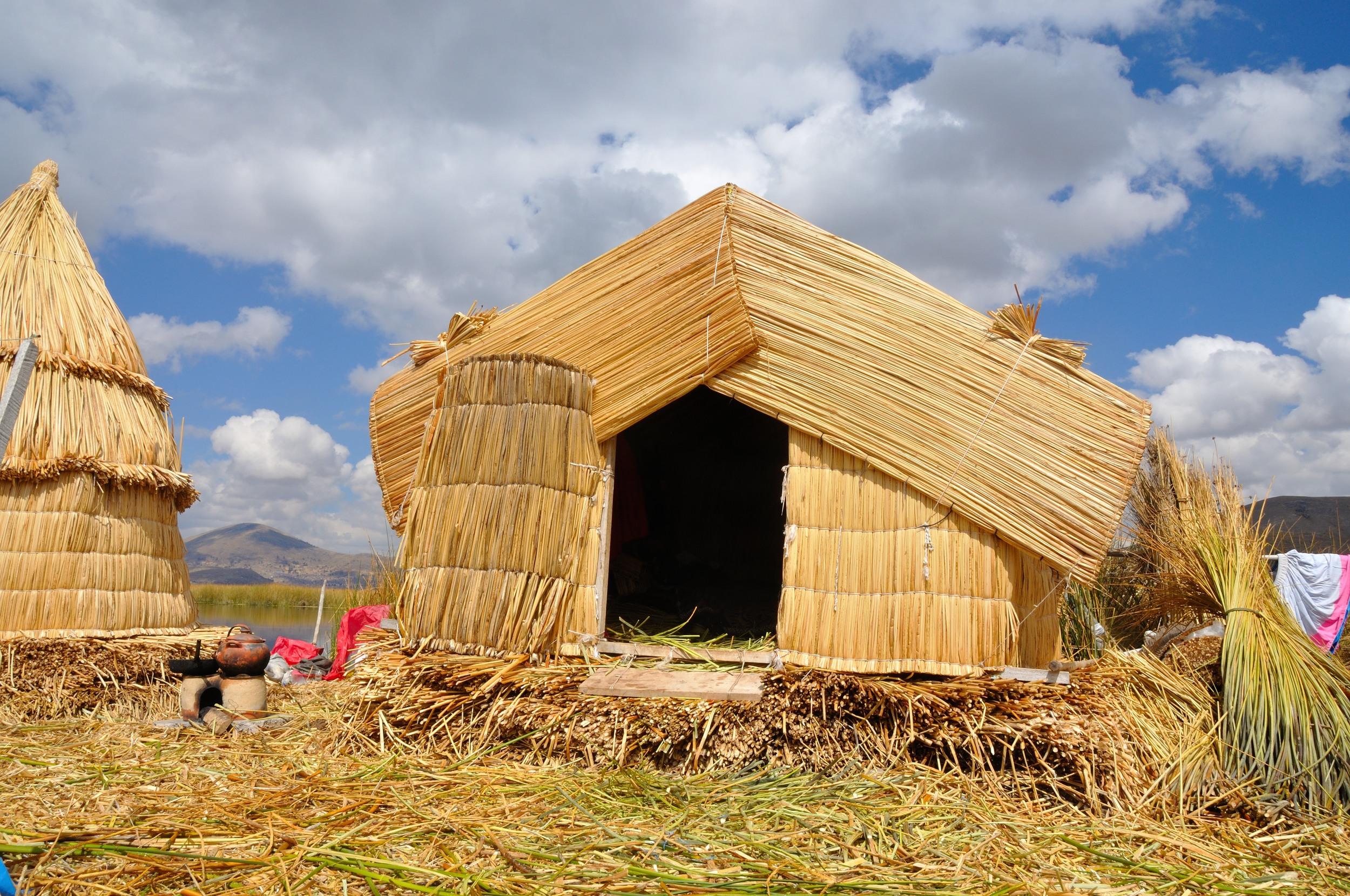 house on uros