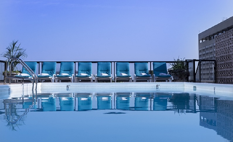 Rooftop pool (Photo courtesy Windsor)