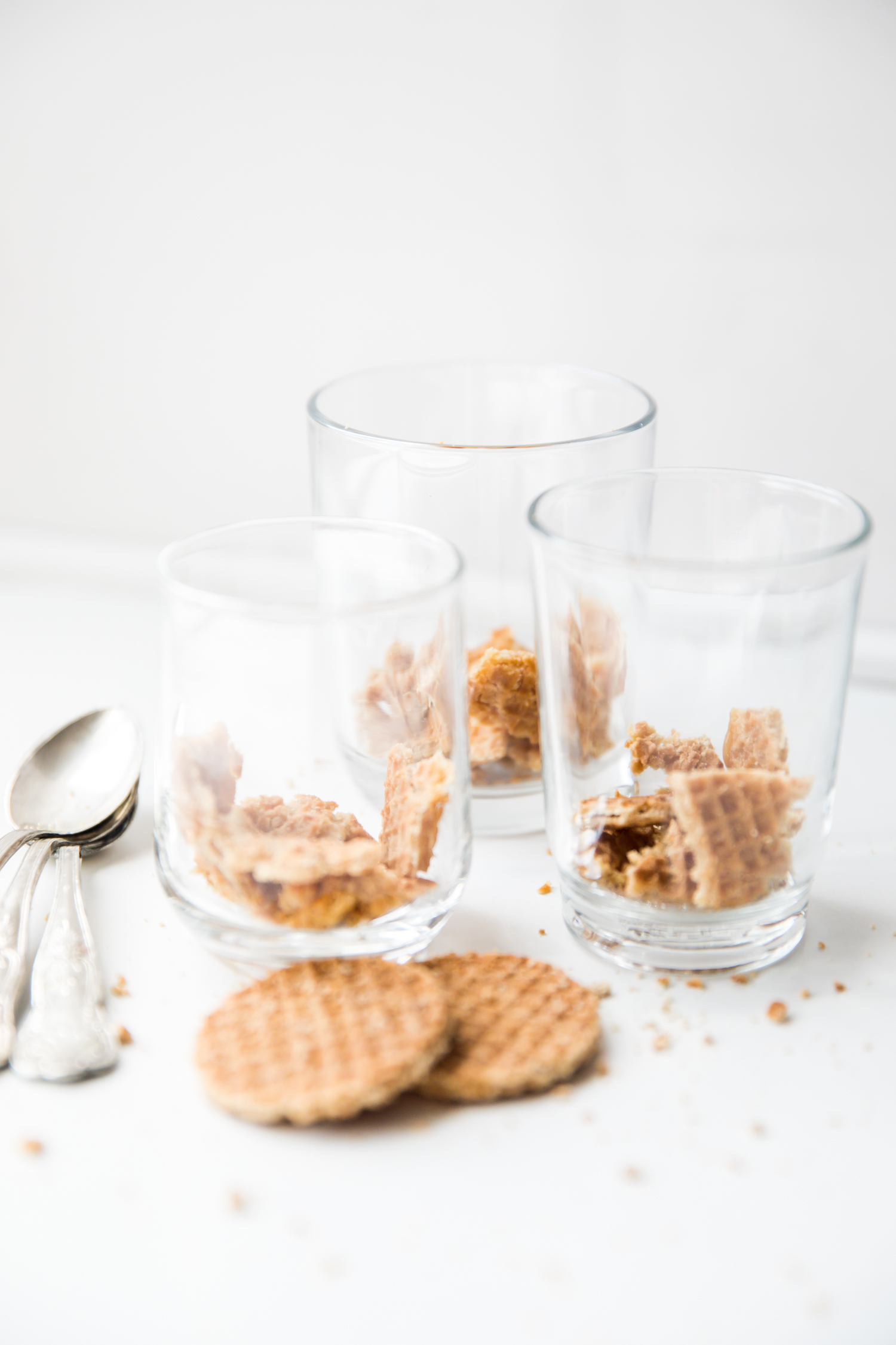 maha-munaf-butterscotch-pudding-stroopwafels (1).jpg