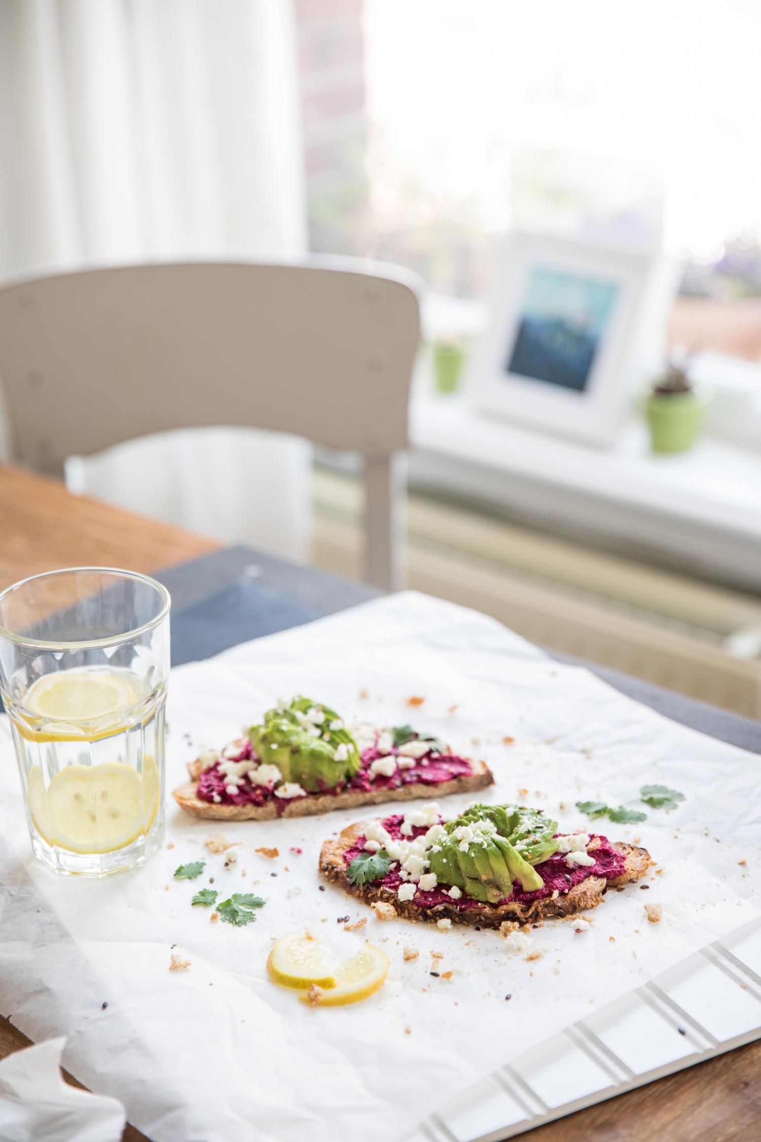 avo-rose-beetroot-toast-2256.jpg