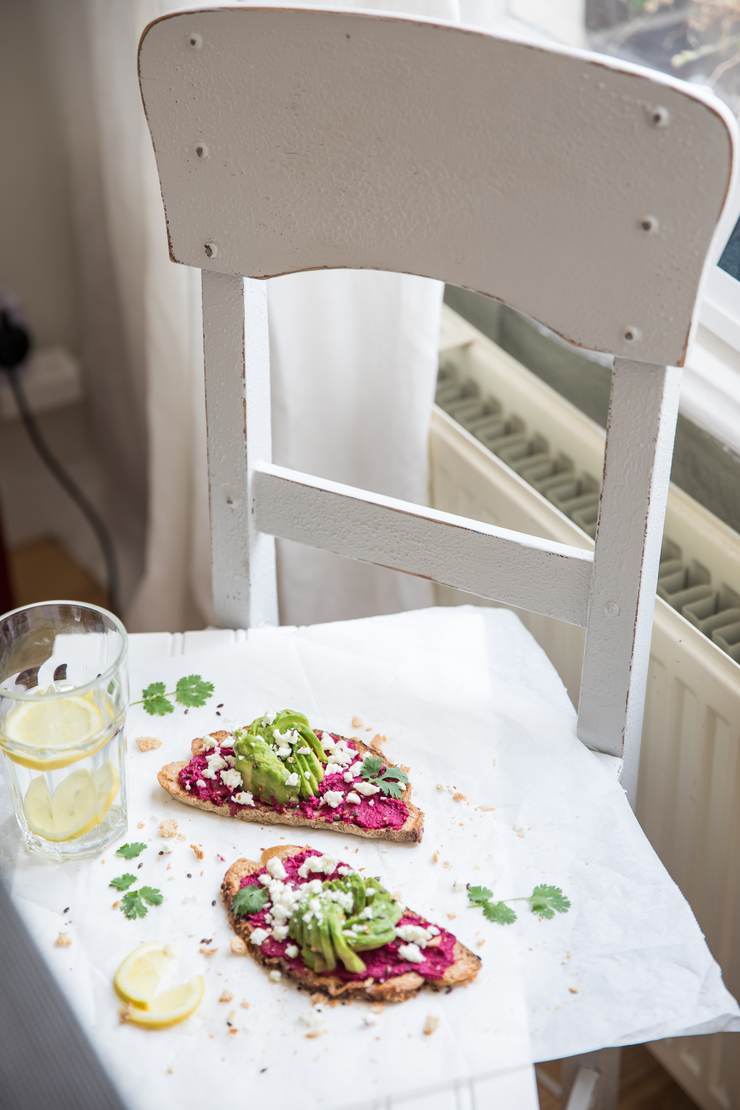 avo-rose-beetroot-toast-2289.jpg