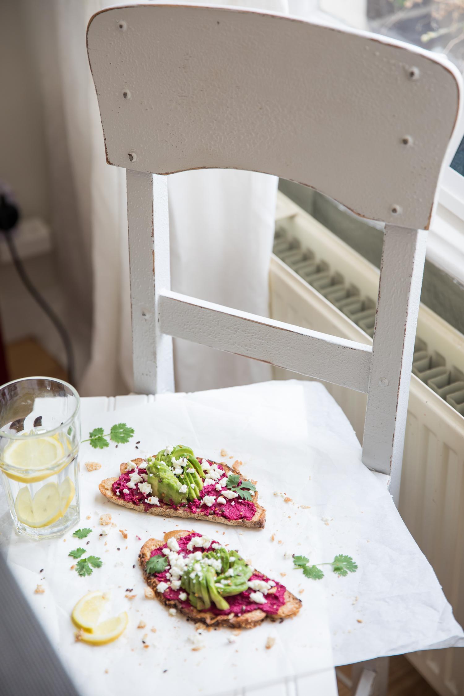 avo-rose-beetroot-toast-2289.jpg