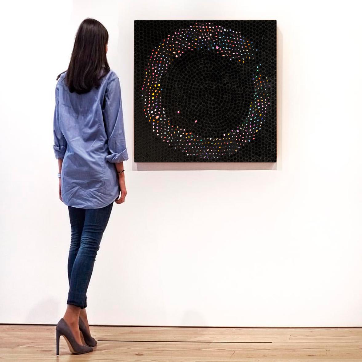 lady_circle_dots.jpg