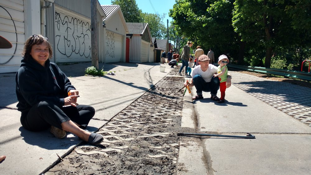 Image - Laneway Puncture; CREDIT The Laneway Project