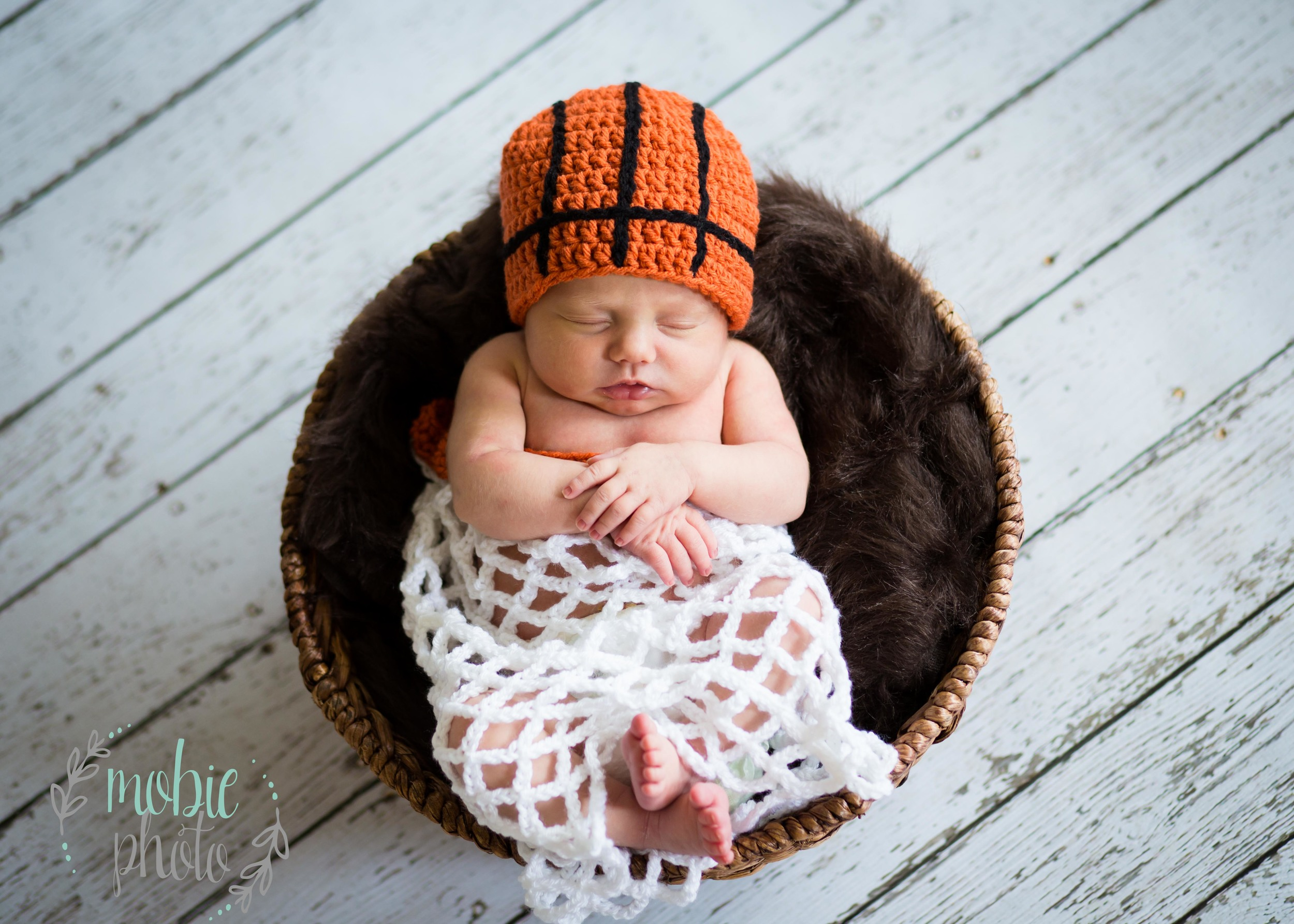 In-home Newborn Photographer - Lehi, Utah - Mobie Photo