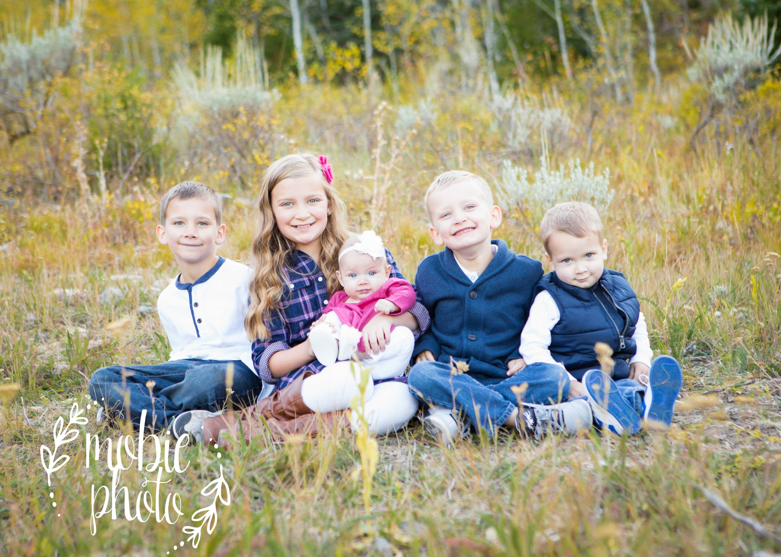 Family pictures with five kids