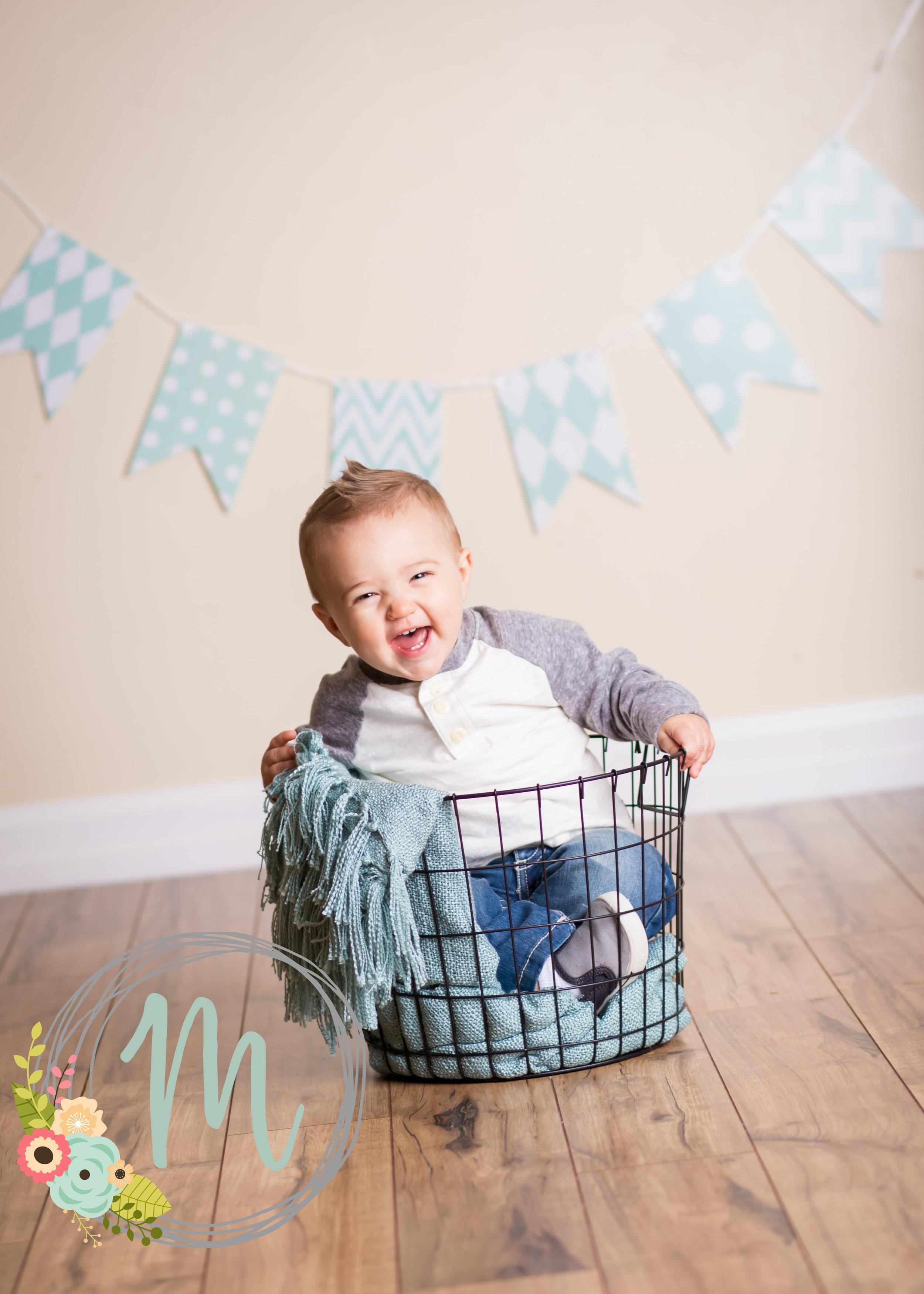 First Birthday Photo Shoot - Mobie Photo Utah Baby Photographer