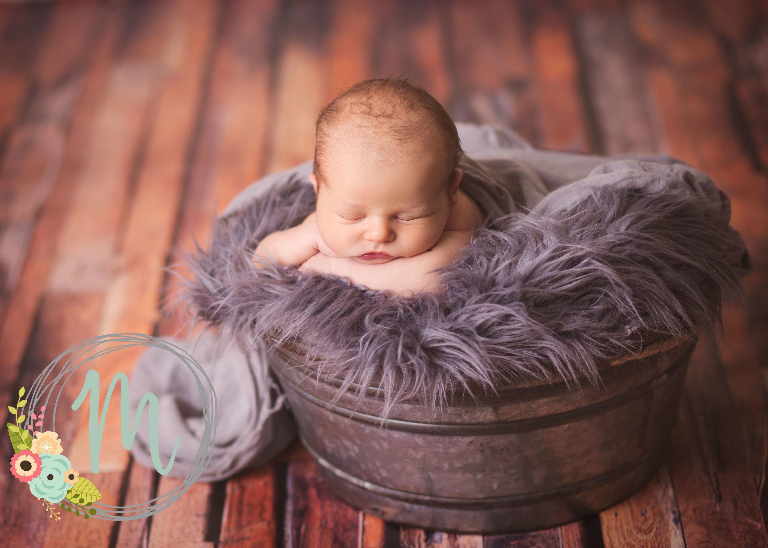 Utah Newborn Photography - Mobie Photo, Lehi, Utah