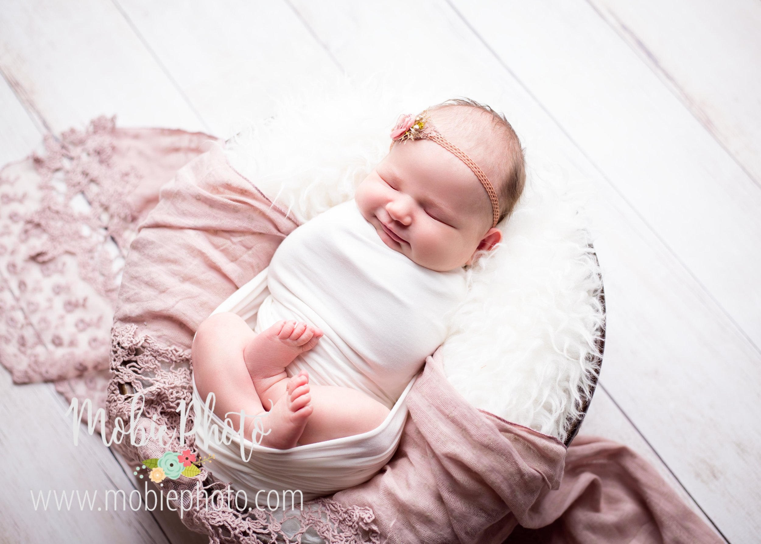 Mobie Photo - Utah Newborn Photography