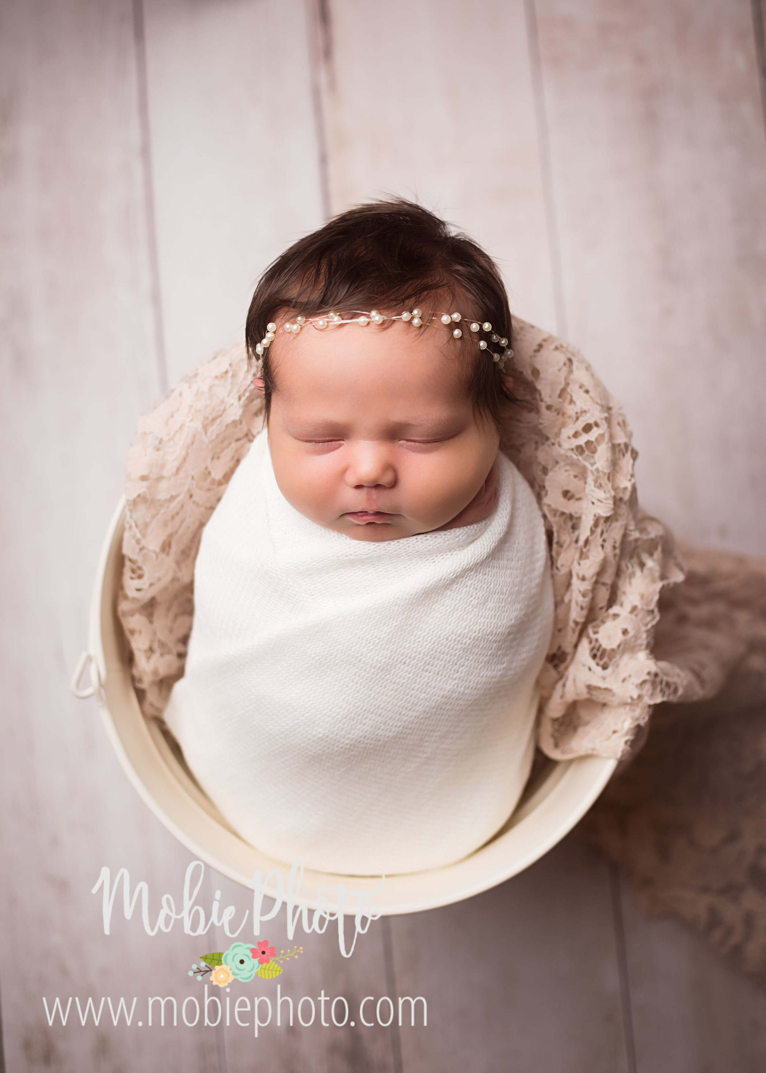 Full Studio Newborn Session at Mobie Photo - Utah Newborn Photography