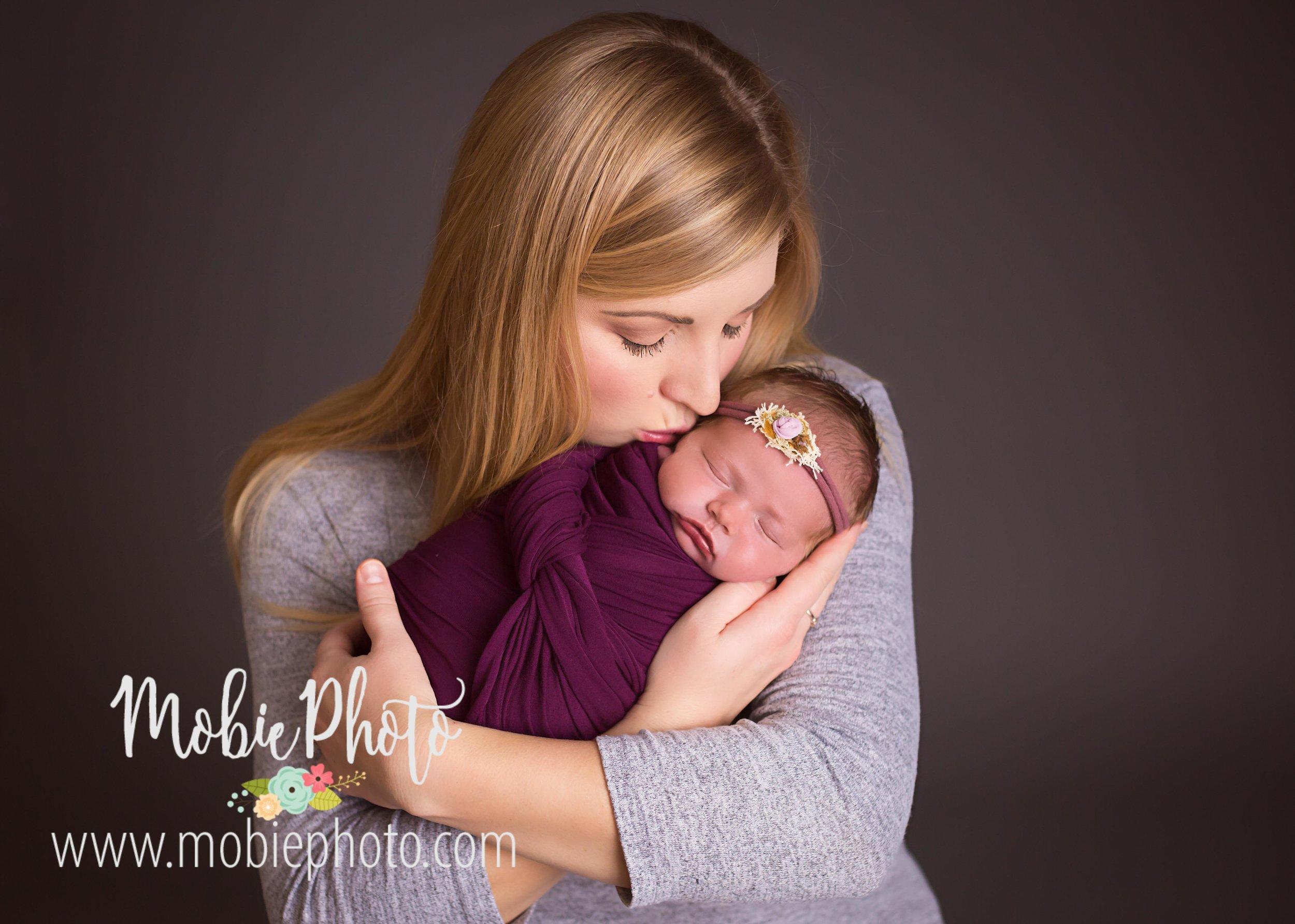 Newborn Baby Girl Photo Session - Mobie Photo - Utah Newborn Photographer