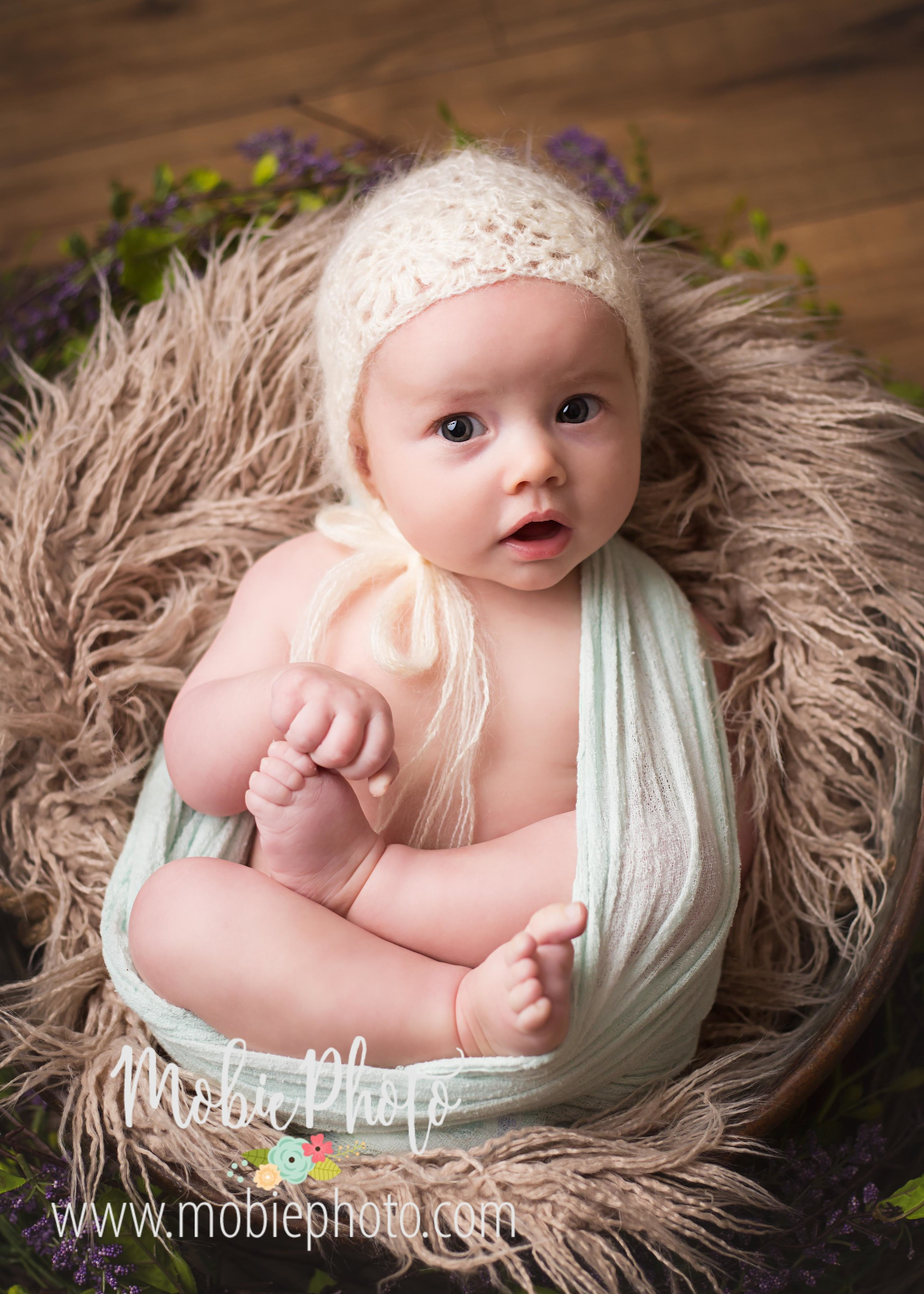 Mobie Photo Utah Newborn Photography - Four Month Milestone Session