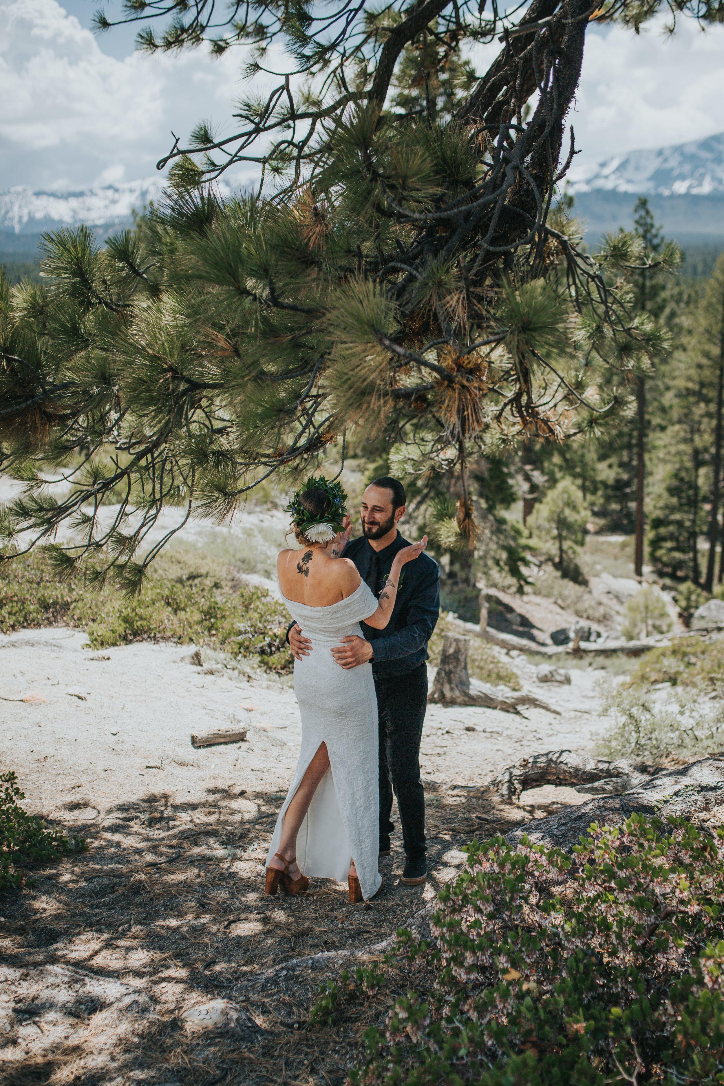 south-lake-tahoe-elopement-valerie-lendvay-photo-010.jpg