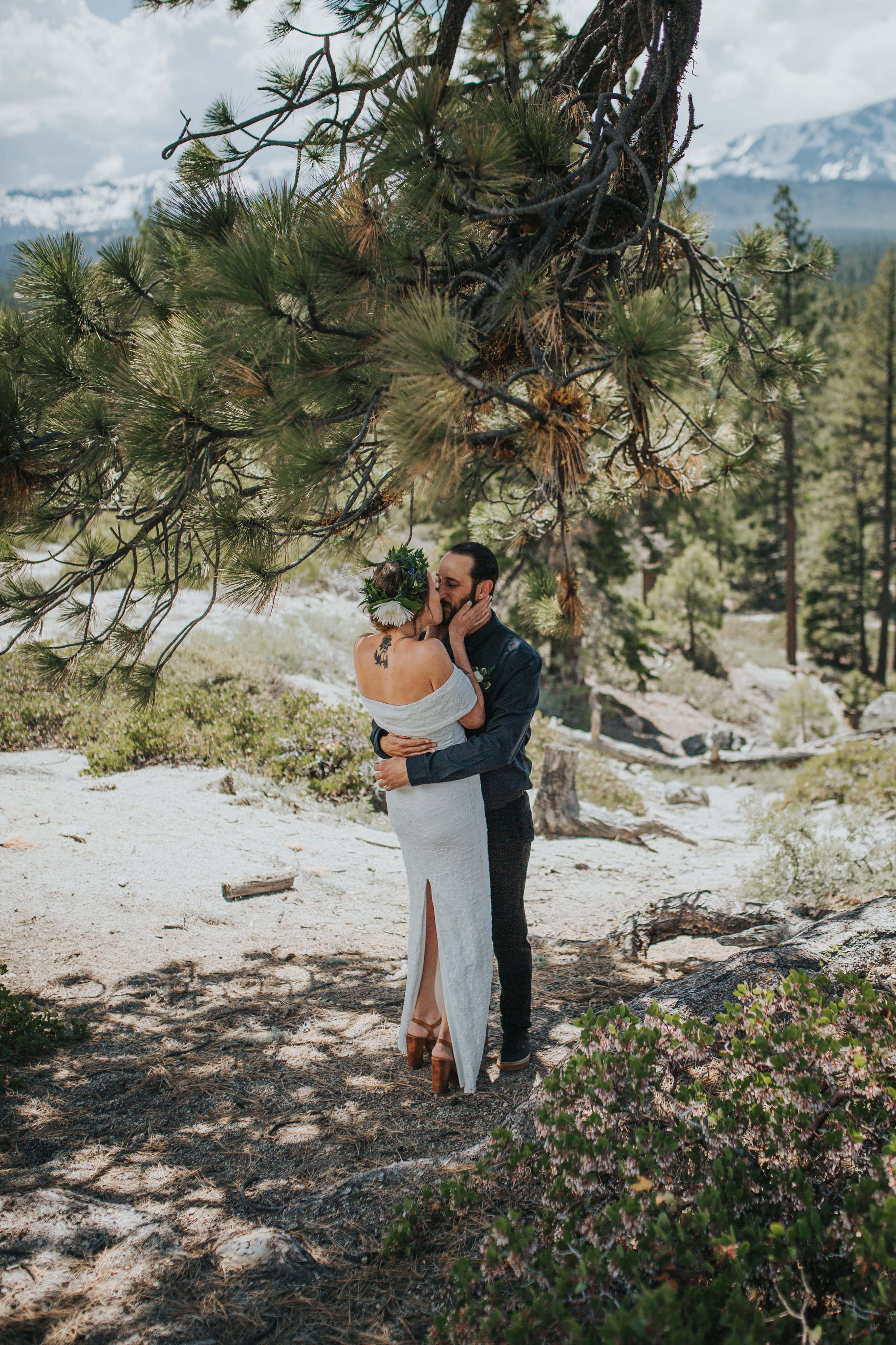 south-lake-tahoe-elopement-valerie-lendvay-photo-011.jpg