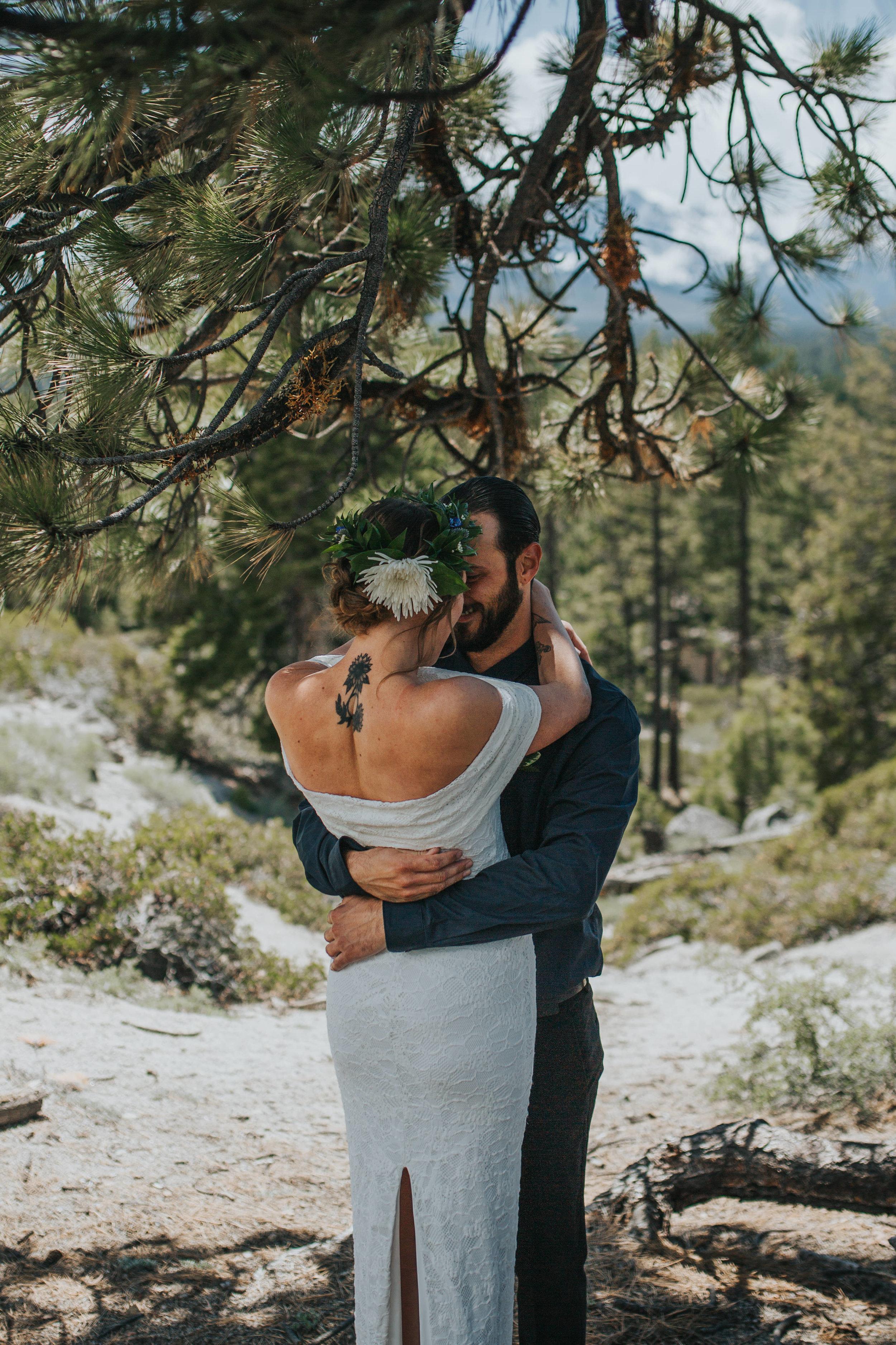 south-lake-tahoe-elopement-valerie-lendvay-photo-014.jpg